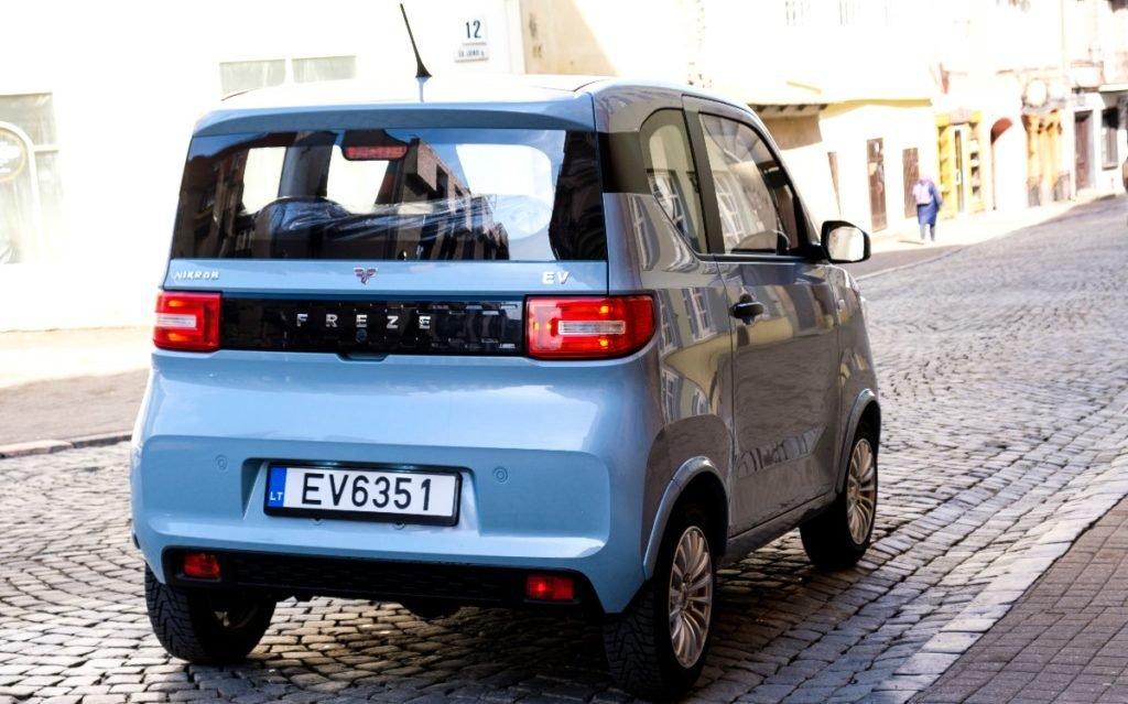 В Латвии начали производство самого дешевого электромобиля в Европе