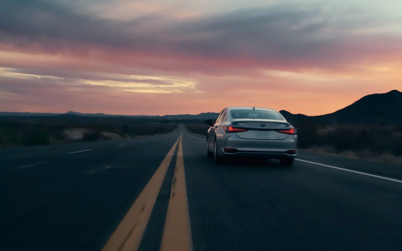 Lexus анонсировал выход обновлённого седана ES