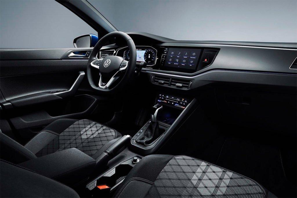 Обновлённый Volkswagen Polo получил автопилот