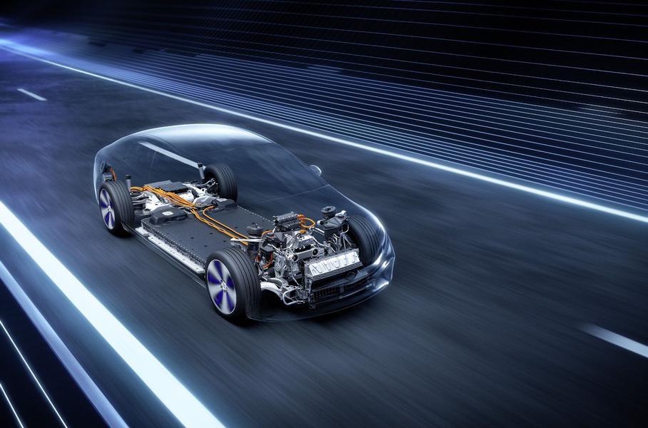 Стали известны технические характеристики электроседана Mercedes-Benz EQS