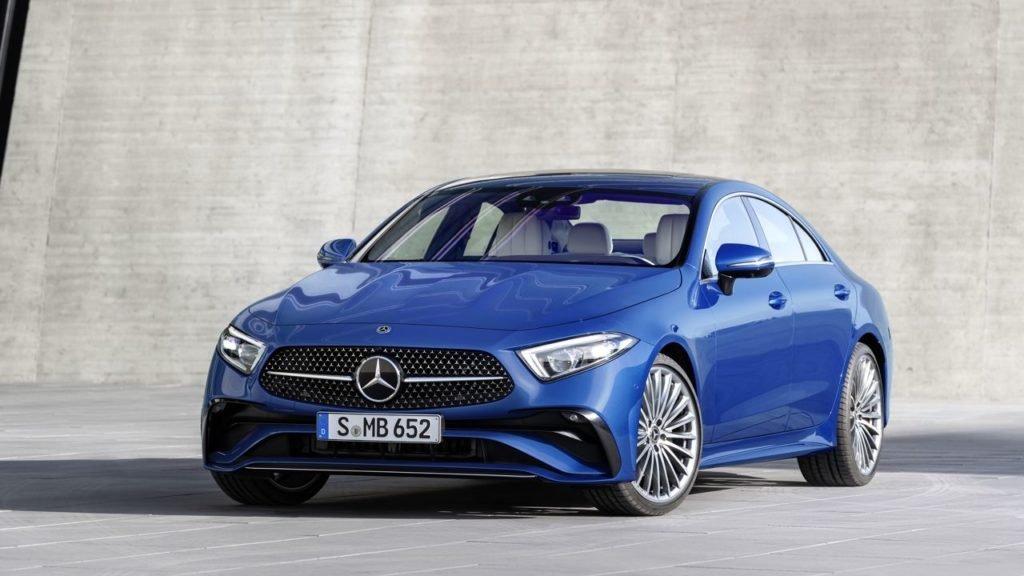 Обновлённый седан Mercedes-Benz CLS появится в России летом