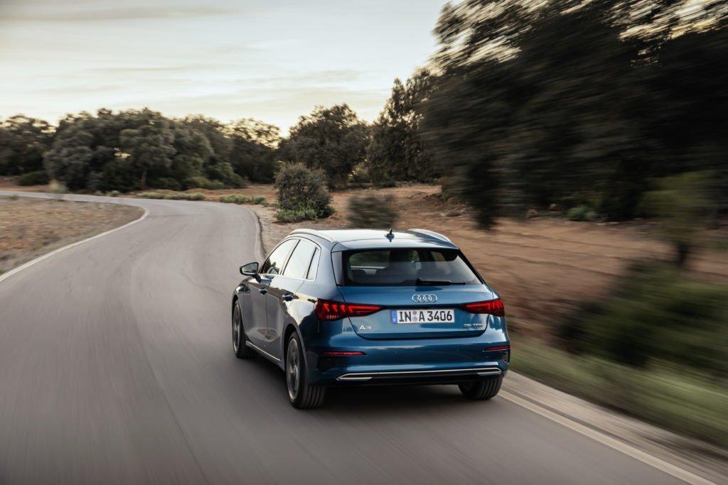 Audi назвал цены на новые Audi A3 Sedan и Sportback в спецверсии Young&Drive