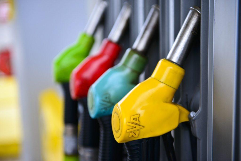 Правительство РФ намерено запретить экспорт бензина