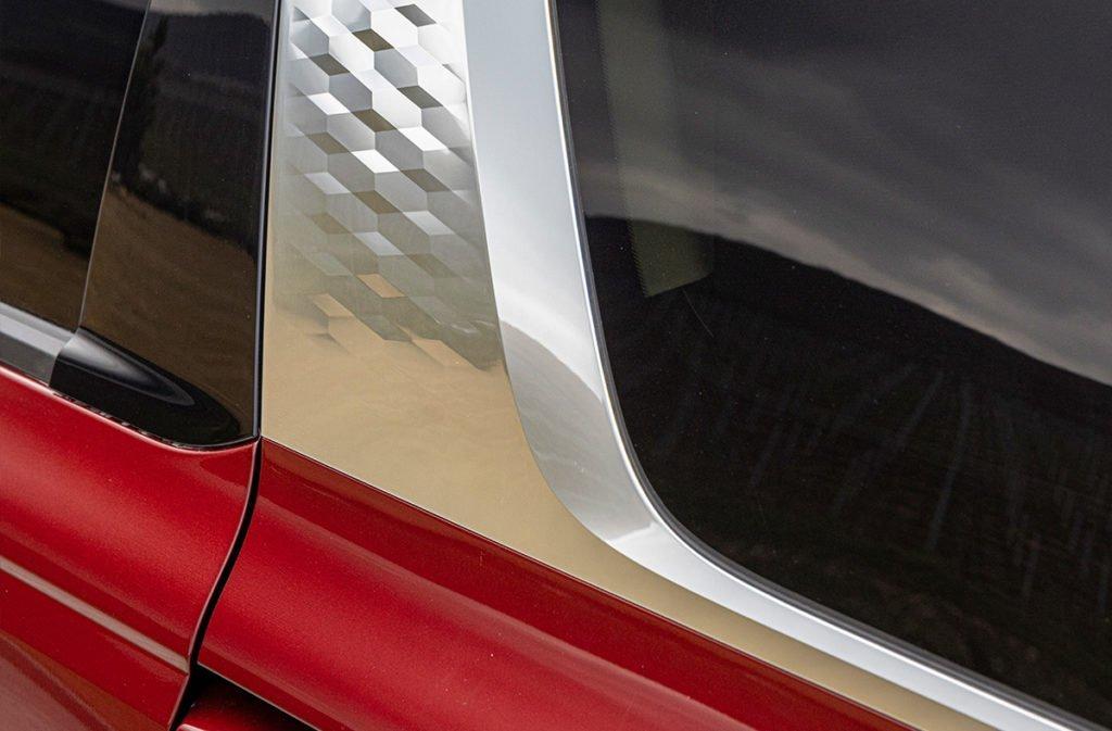 Проехал на новом Kia Carnival: 8 мест, дизель 199 сил, расход 8,5 л. Конкурентов за эту цену нет!