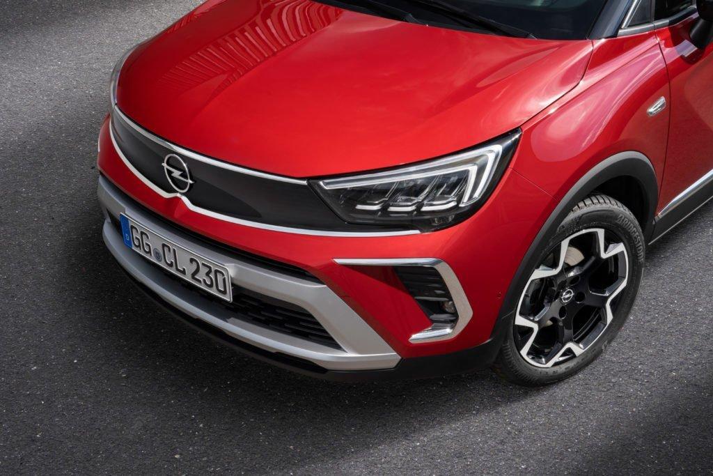 Opel объявил российский ценник на новый кроссовер Crossland
