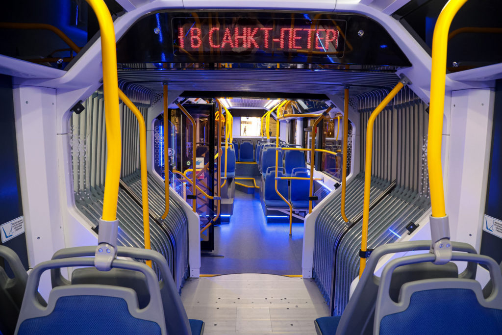 В Санкт-Петербурге представлен сочлененный электробус семейства «Пионер» с ночной зарядкой