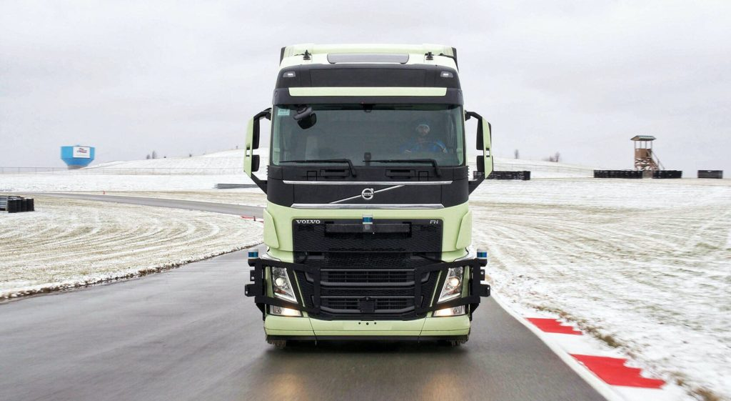 Volvo нашла партнера для создания беспилотных грузовиков
