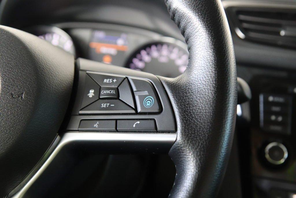 Стали известны российские цены на Nissan Qashqai и X-Trail с полуавтопилотом