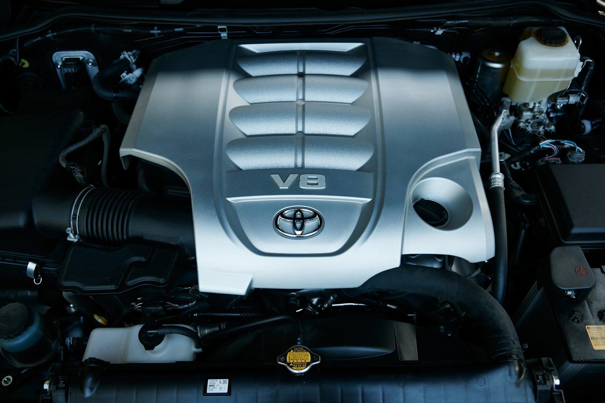 Toyota разрабатывает новый двигатель с двойным турбонаддувом