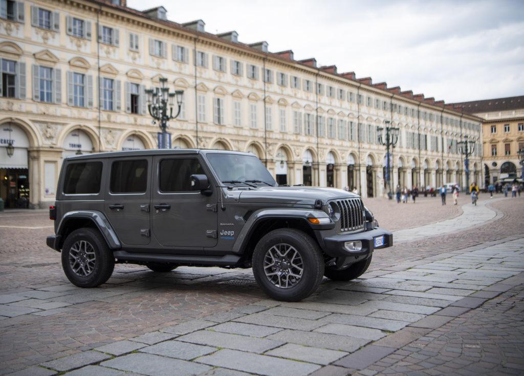 Jeep представил новый гибридный внедорожник Wrangler 4xe
