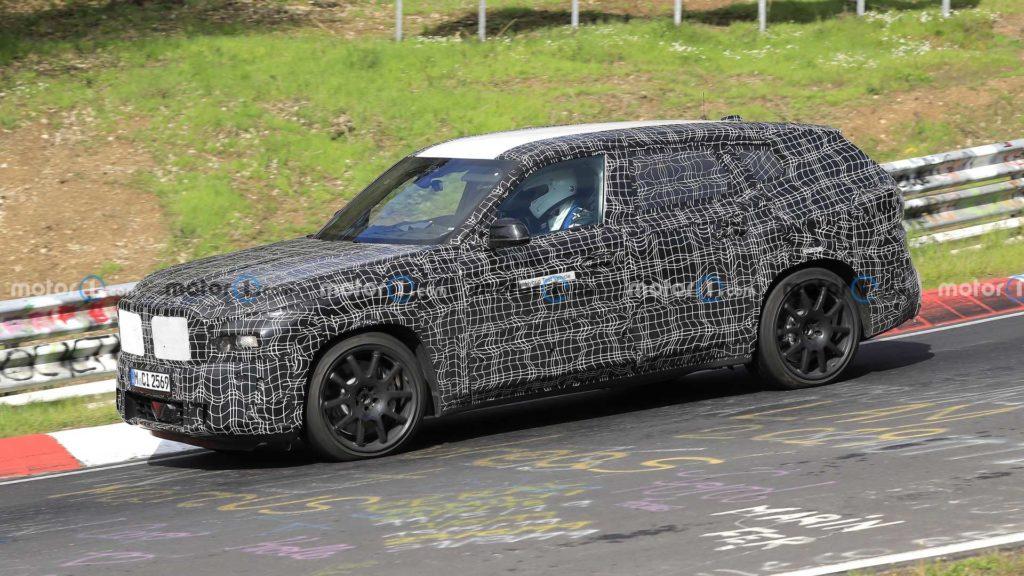 На тестах «поймали» гибридный кроссовер BMW X8