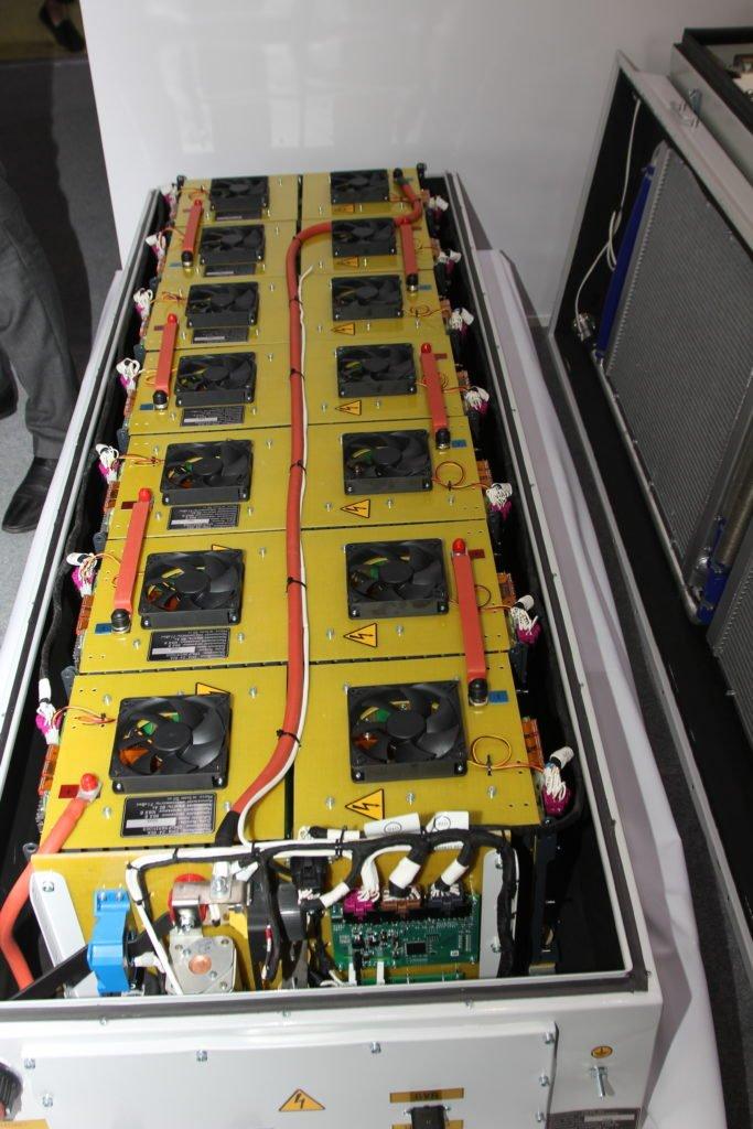 «ПК Транспортные системы» представила электробус с динамической зарядкой