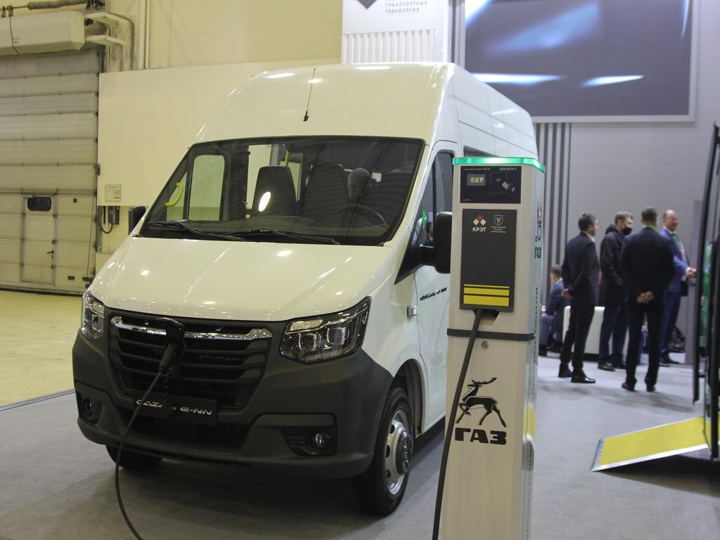 В Москве представлен предсерийный образец коммерческого электромобиля GAZelle-NN