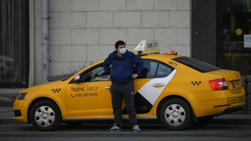 Агрегаторы такси начали вакцинировать водителей