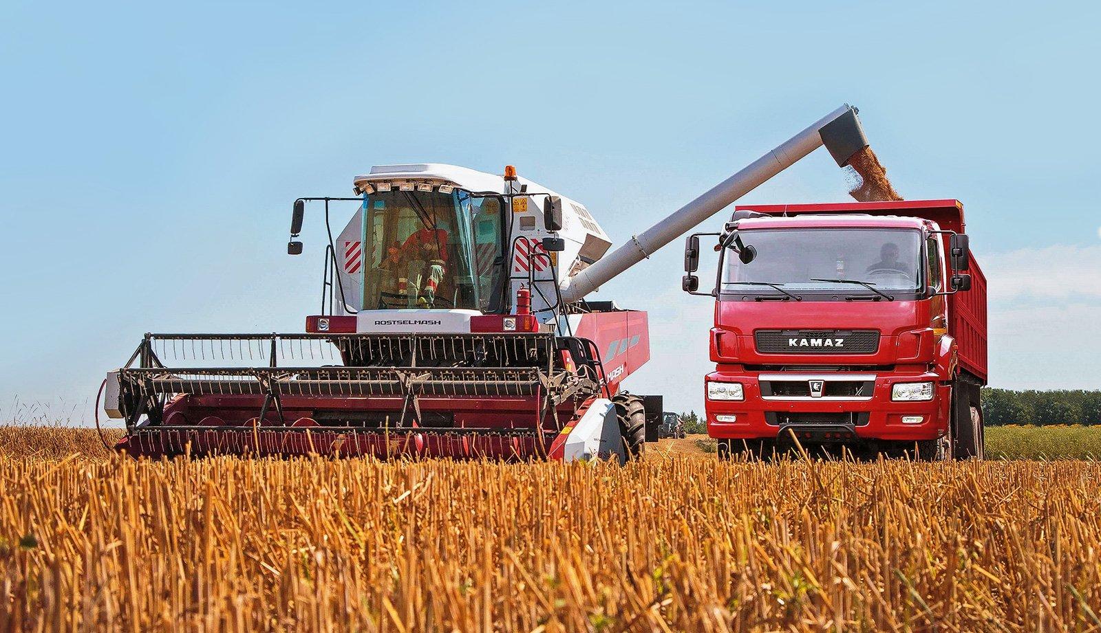 Автопоезда-зерновозы: большой обзор новинок
