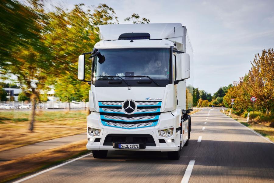Новый грузовик для новой эры: Mercedes-Benz Trucks представил первый серийный eActros