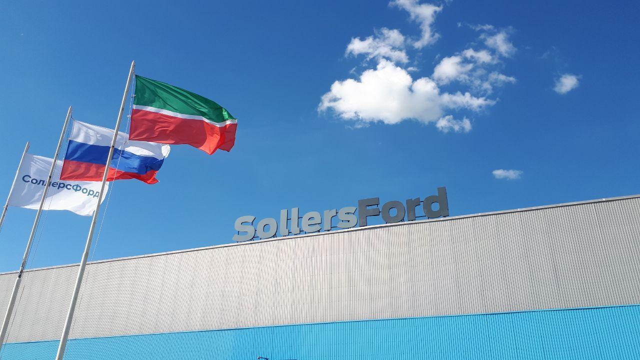 Российский автозавод повысит зарплаты на 25%
