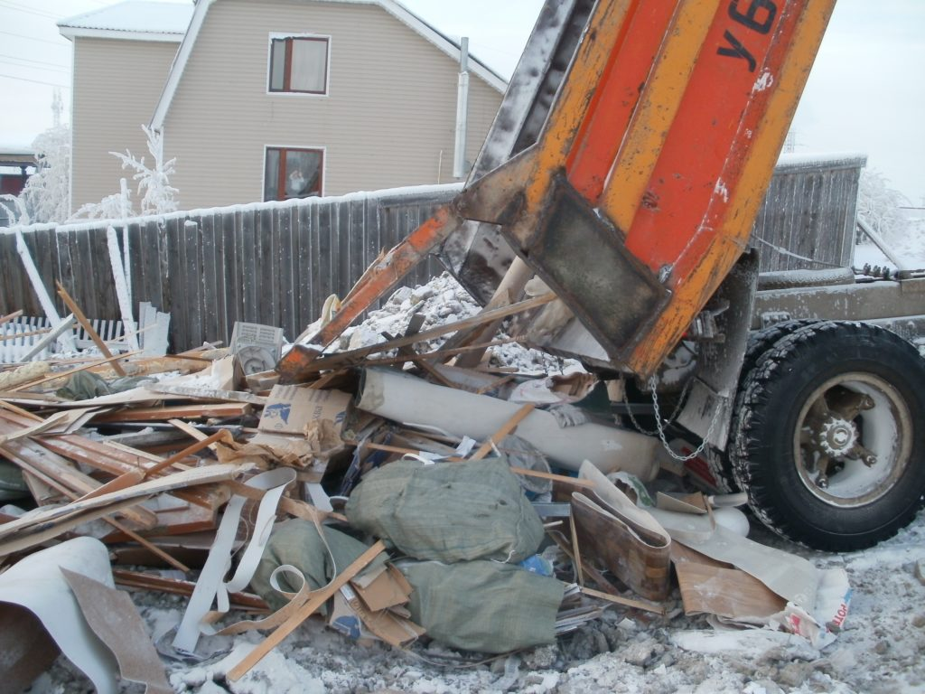 В Подмосковье устроят облаву на нелегальных перевозчиков строительных отходов