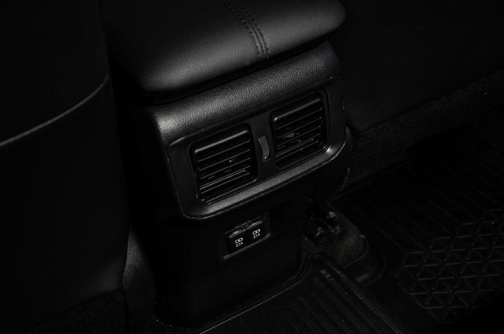 Поездил на разных версиях Toyota RAV4: что мне нравится и не устраивает в этом кроссовере