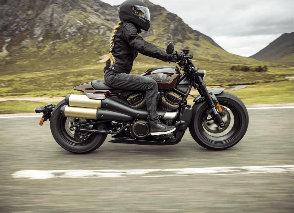 Harley-Davidson представила новинку Sportster S 2021