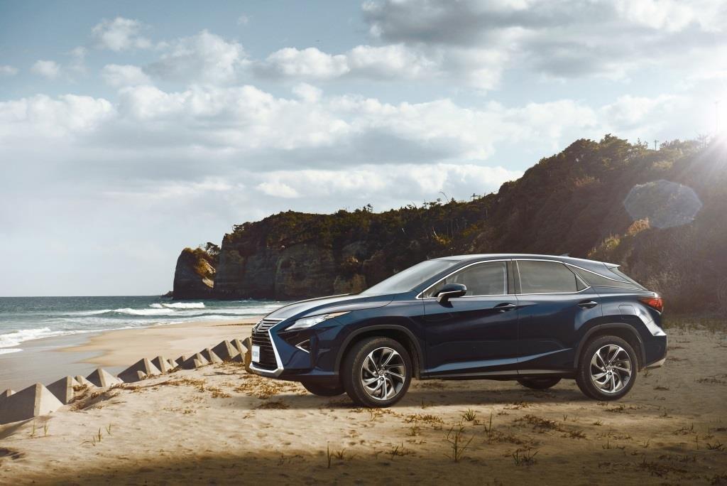 Lexus предлагает новые условия продажи машин с пробегом