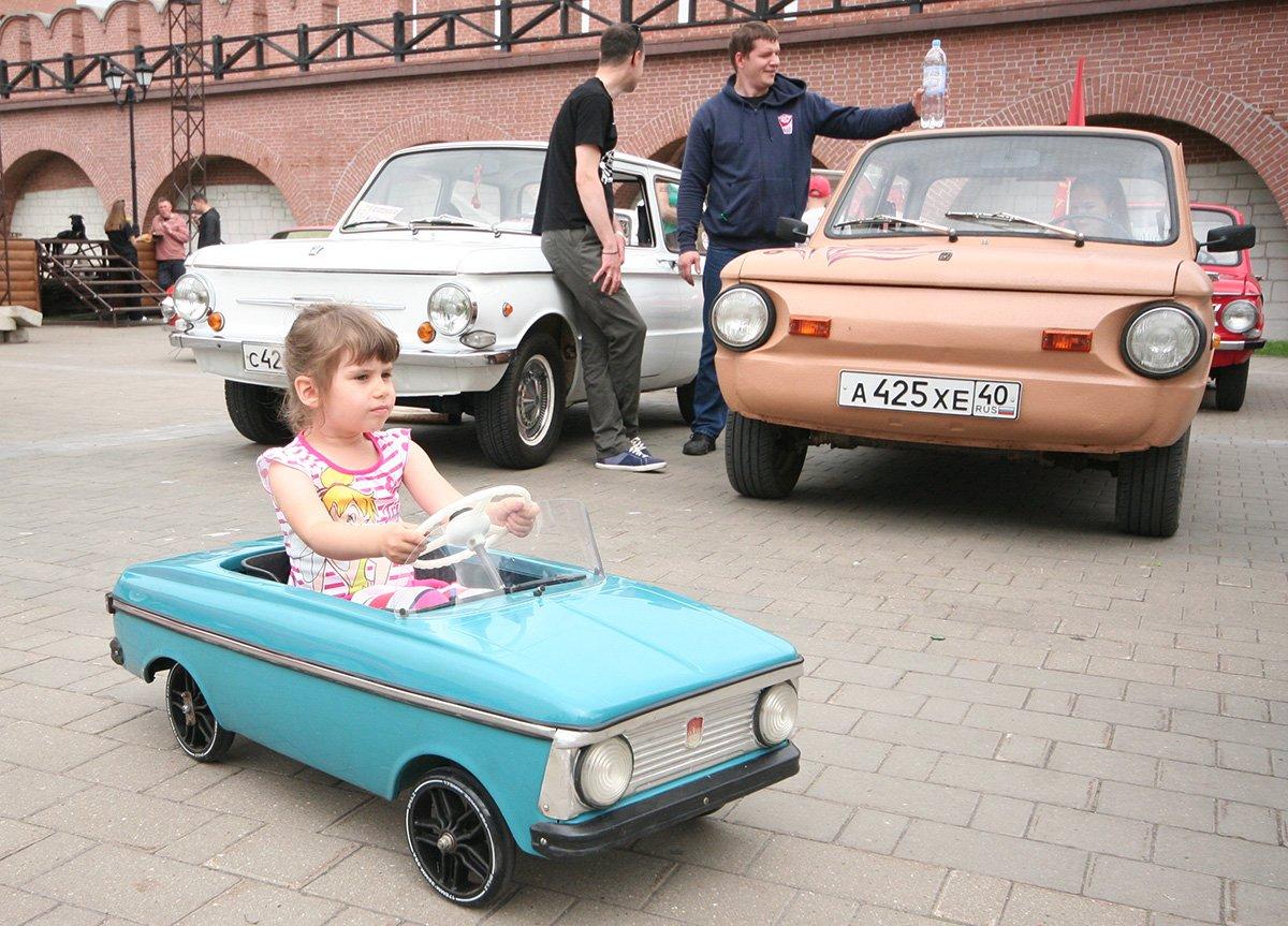 На чем в СССР ездили взрослые и дети