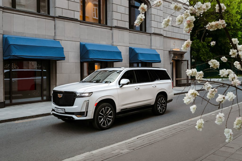 Проехал на новом Cadillac Escalade – такого от «янки» я не ожидал. Рассказываю, чем он меня «добил»