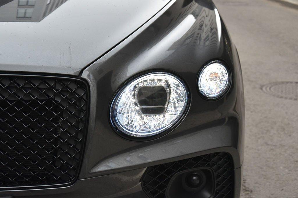 Дорого-богато: взял Bentley Bentayga V8 и через четыре дня вернул – делюсь впечатлениями