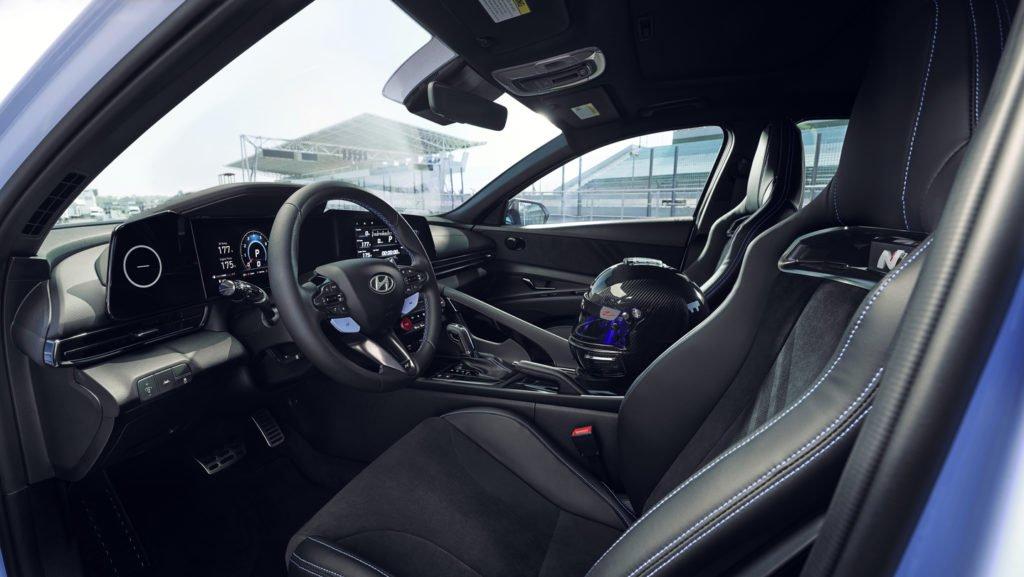 Hyundai показал «злую» Elantra N с 280-сильным мотором