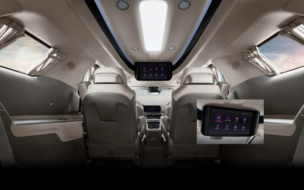 Круче, чем в лимузине: представлен Kia Carnival HiLimousine с роскошным VIP-салоном
