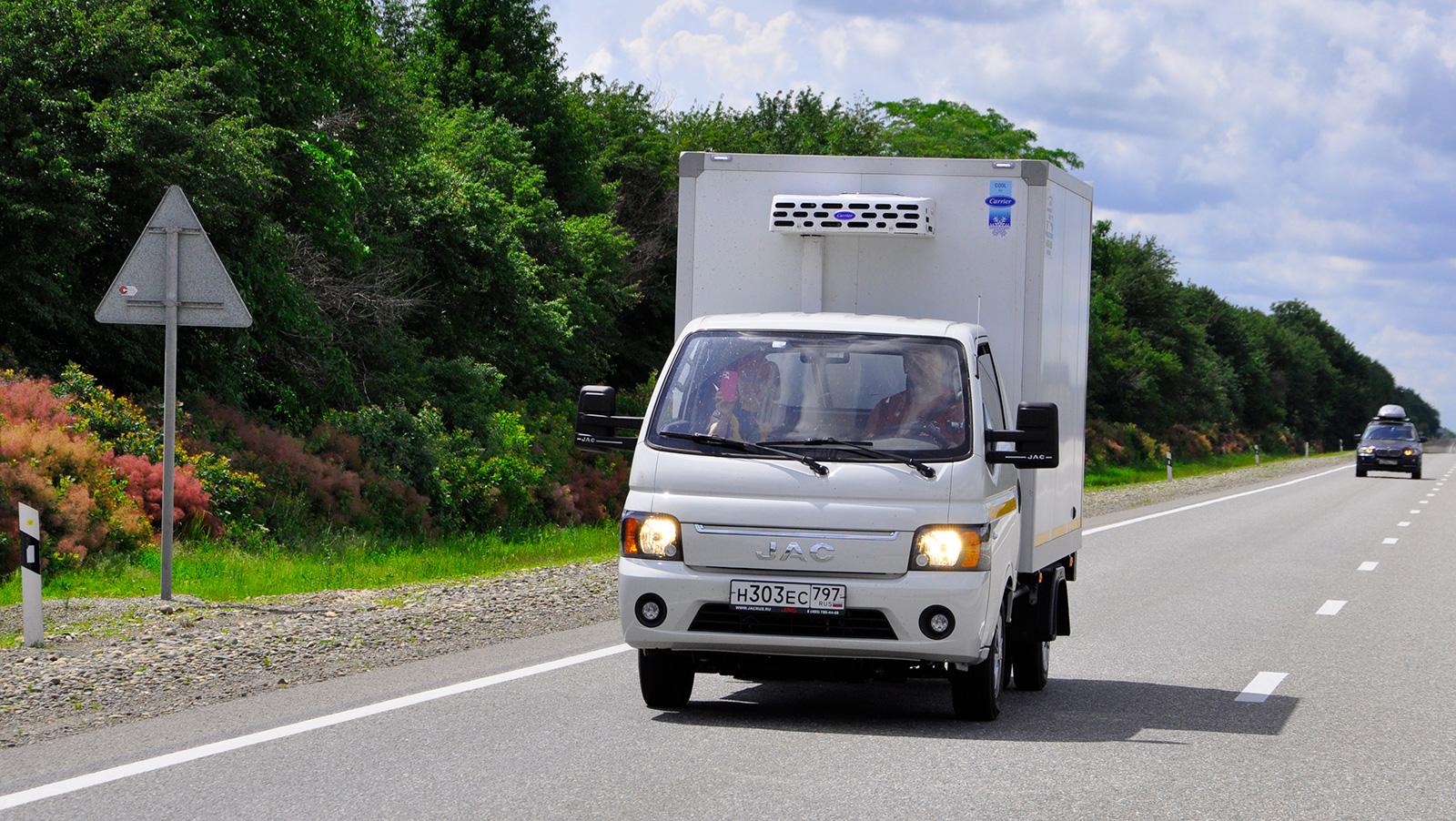 Тест JAC N35: китайская «ГАЗель» с экономичным дизелем. Стоит ли брать?