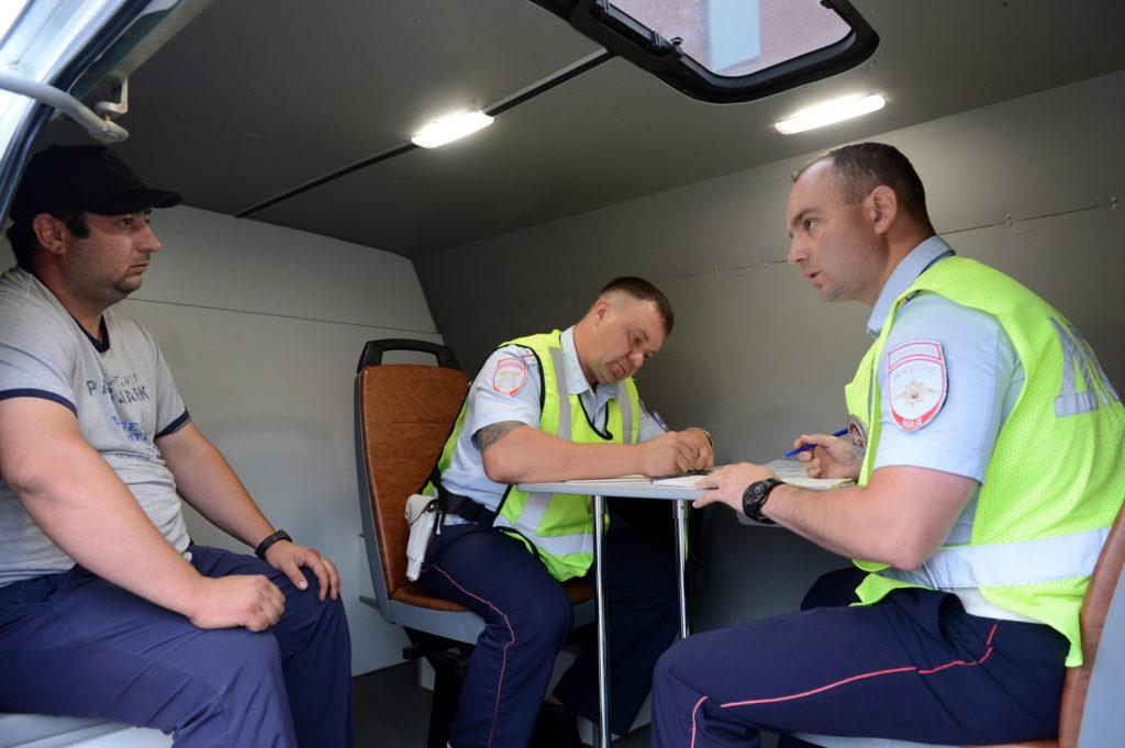 Сходил к врачу – остался без прав: чем опасны электронные медсправки для водителей