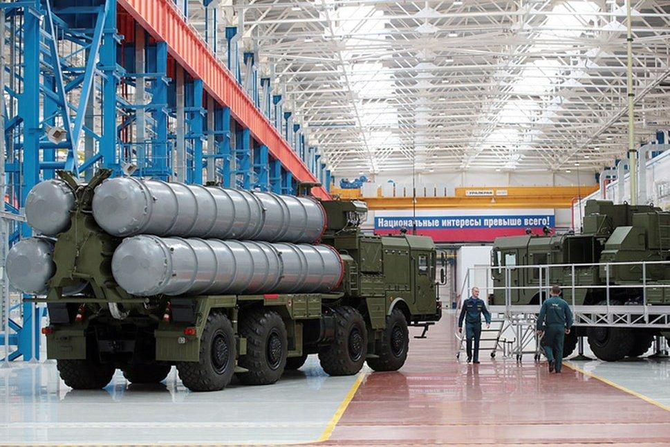Автомобили вместо ракет: российский оборонный концерн выпустит гибрид E-Neva