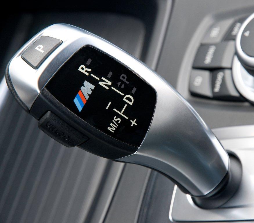 Дешевый BMW X5 с большим пробегом: стоит брать или бежать без оглядки?