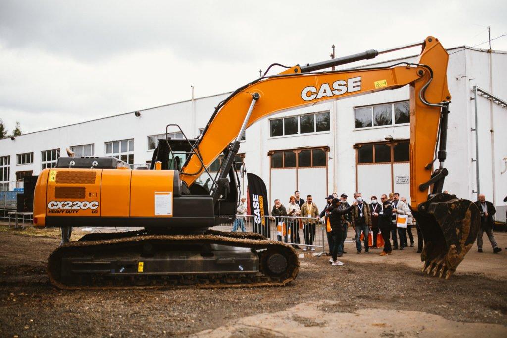 CNH Industrial провела в Подмосковье фестиваль дорожно-строительной техники CASE и IVECO. Какие самые интересные новинки смогли увидеть гости?