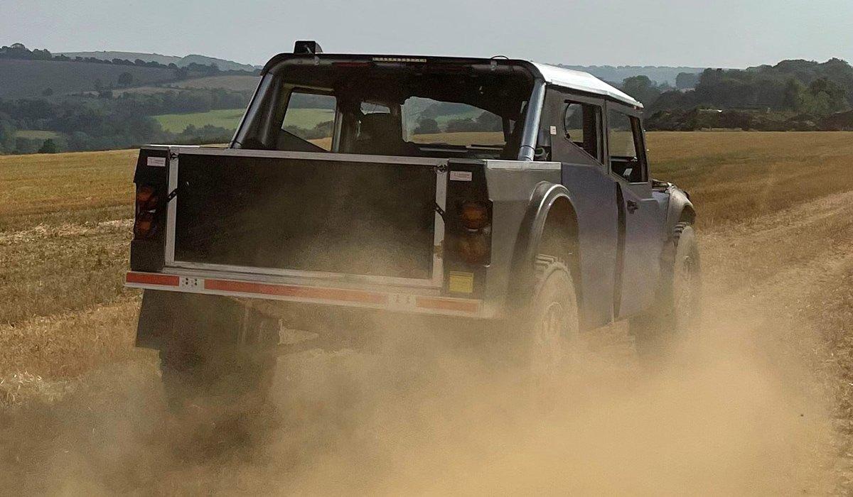 7000 км на одном баке: британцы построили удивительный внедорожник