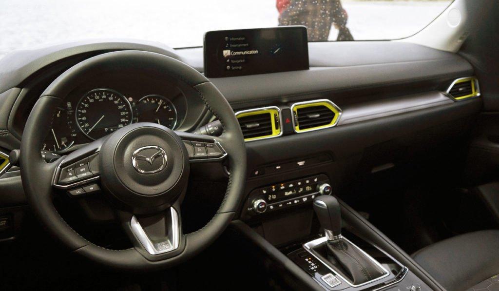 Mazda обновила свой самый популярный кроссовер