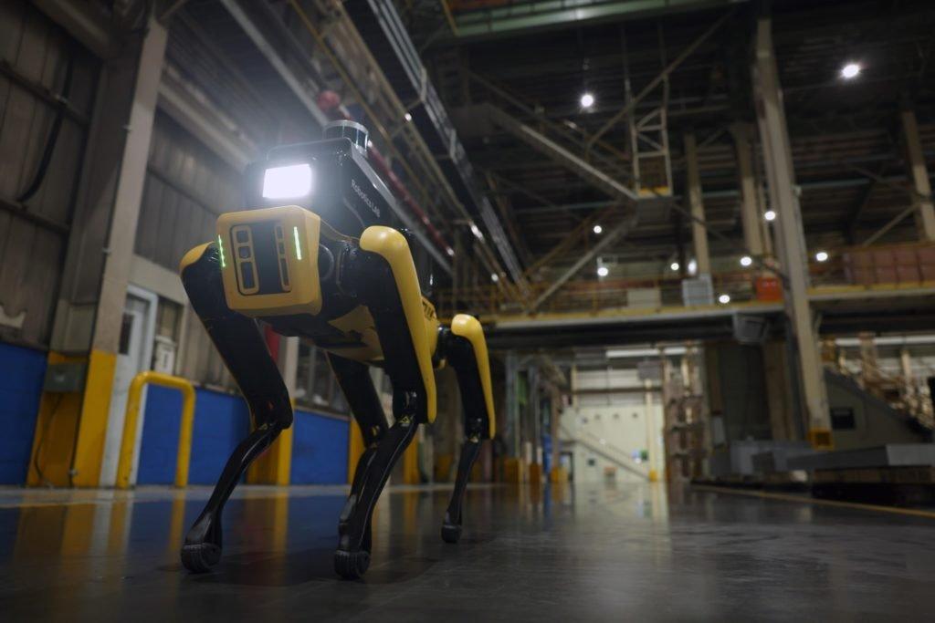 Заводы Hyundai и Kia будут охранять роботы-собаки
