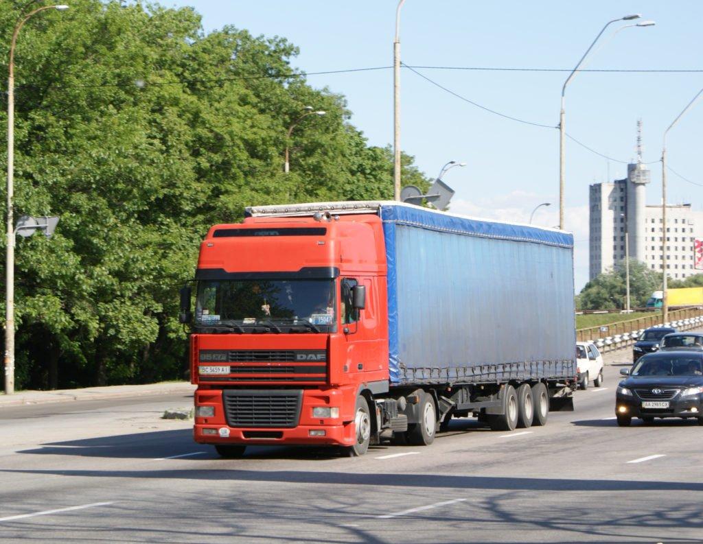 Украина смогла: за перегруз машин теперь будут отвечать не только перевозчики, но и грузоотправители