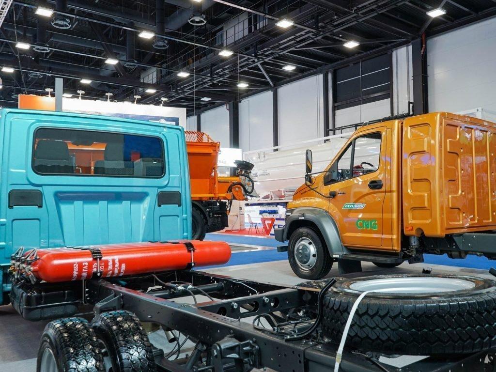 В Санкт-Петербурге показали Газель NN и Газон NEXT с газовыми двигателями