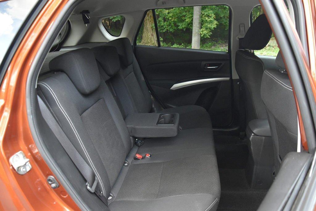 Взял на тест Suzuki SX4: рассказываю, чем этот неприметный кроссовер меня покорил