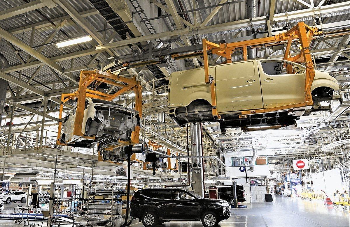 Российский автозавод начал поставлять машины и моторы Европу: немецкие дилеры впечатлены качеством