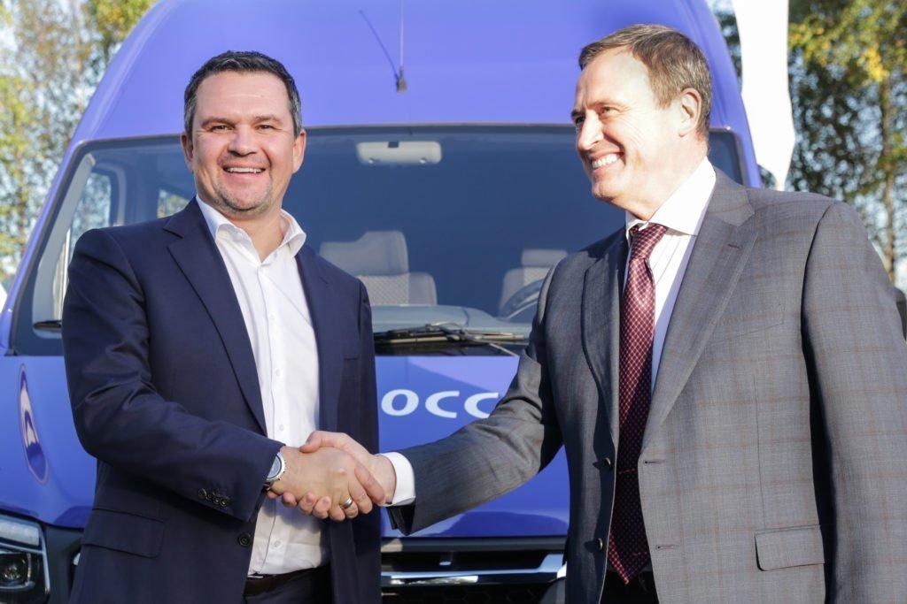 Автопарк «Почты России» пополнился электромобилем «Газель» e-NN