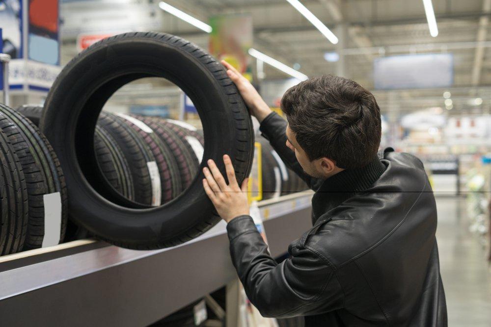 Россияне массово скупают зимние шины